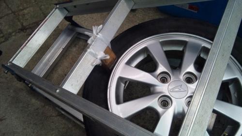 タイヤ組み換え (5)