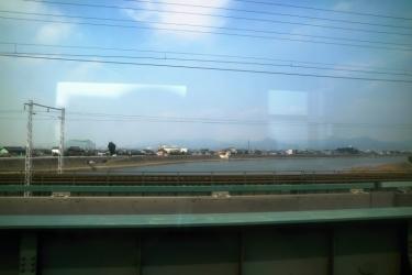 IMG_3499 鉄橋わたる