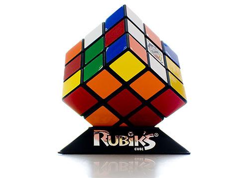 ヴォイニッチの科学書 第716回 ルービック・キューブの解き方を自ら学ぶAIついに完成