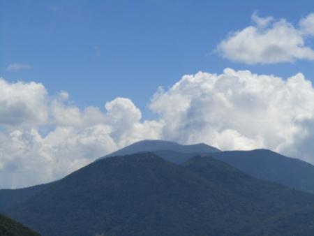 180801湯ノ丸山~烏帽子岳 (128)篭ノ登・黒斑・浅間山s