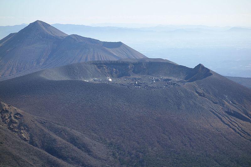 【九州】霧島連山・新燃岳の火口直下で「火山性地震」が増加