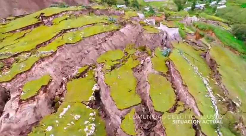 【地殻】ペルーのある村に発生している「巨大な亀裂や地割れ」が拡大中…この亀裂により、村は壊滅状態に
