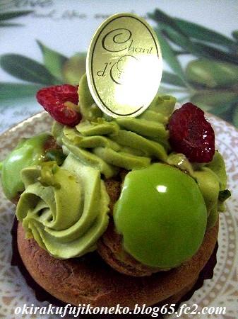 シャンドワゾーケーキ1