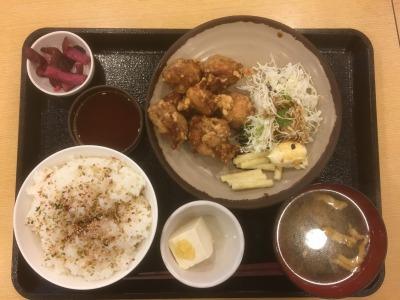 東名高速上り線 鮎沢PA 朝食「唐揚げ定食」