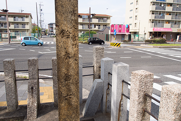 則武新町津島神社石柱