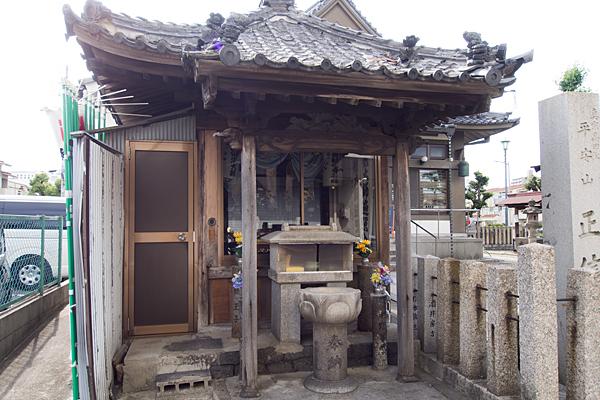 則武新町津島神社弘法堂