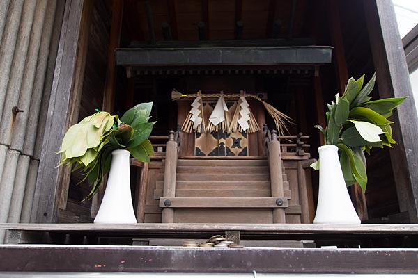 秋葉神社(枇杷島3)社と賽銭