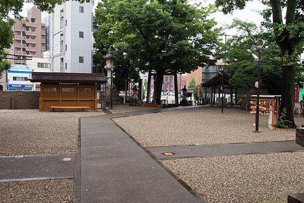 赤塚神明社境内の風景