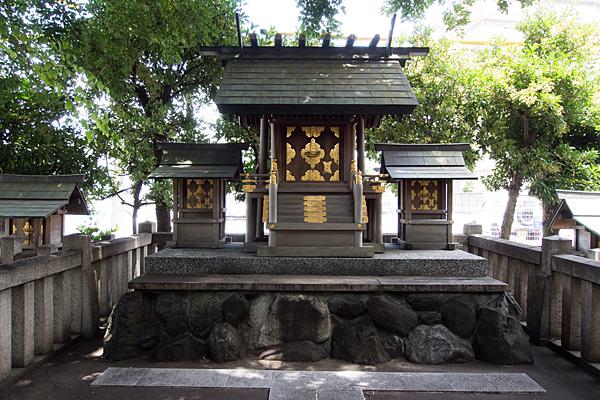 東築地神社本社と末社