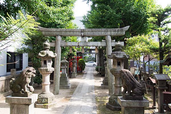 菊井金刀比羅社境内の風景