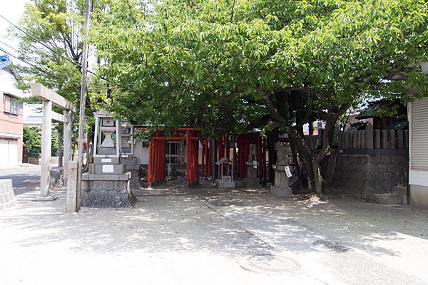 錦神社境内から全景