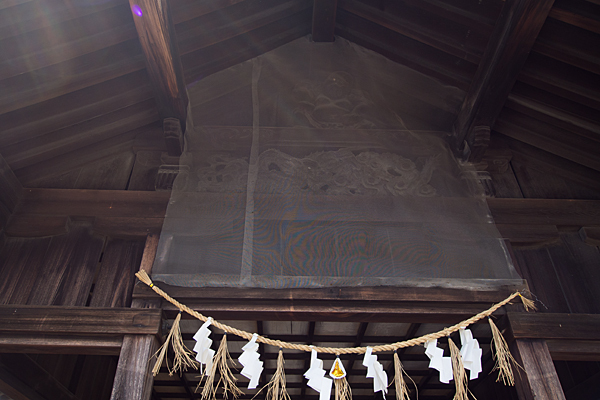 十一屋稲荷社拝殿の彫り物