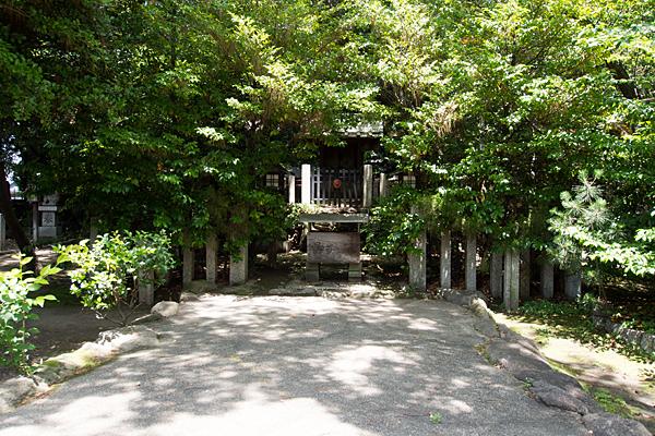 築地神社出雲神社の社