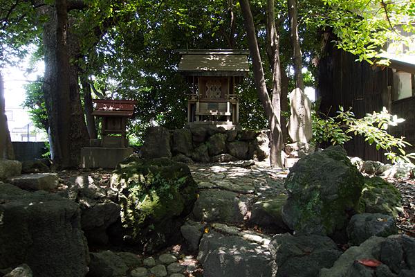 築地神社御嶽社