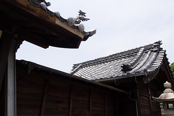 小碓神明社拝殿屋根