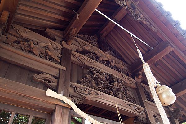 枇杷島八幡社拝殿彫り物