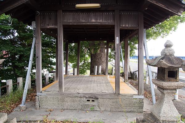 枇杷島神明社白山社合殿拝殿逆側から