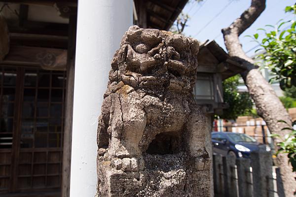 築三神社狛犬