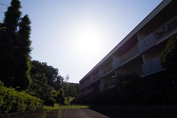 住宅と太陽