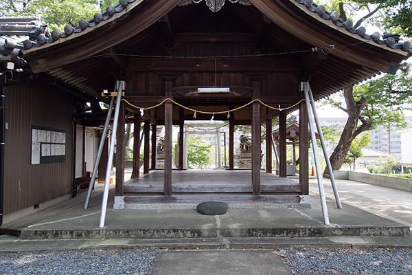 福徳町龍神社拝殿