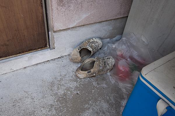 ペンキだらけの靴