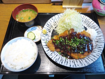 20180528KATSUHANA_misoro-sukatu.jpg