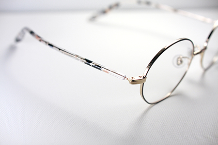 シークレットレメディ はじめてのメガネ 遠近 老眼 40代 女性 見附市 長岡市 三条市 めがね