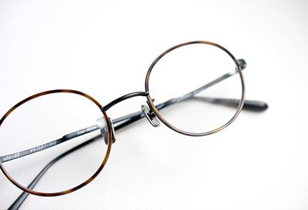 one/three compound frame ワンスリー めがね 丸メガネ セル巻 可愛いクラシックフレーム 見附市 めがね店 新潟のお洒落なメガネ屋