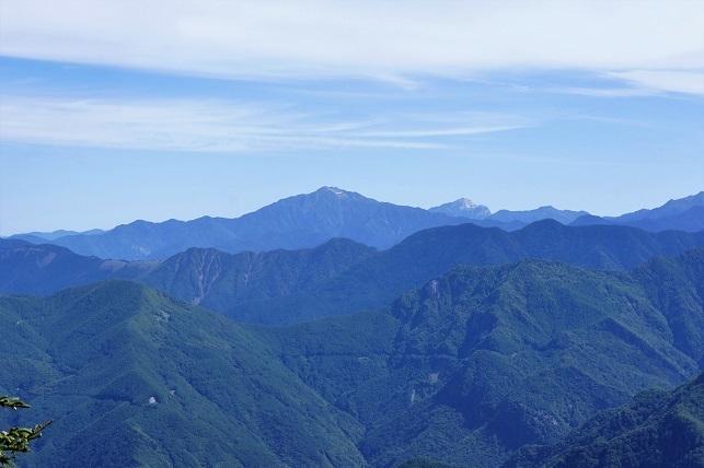 18-6-22奥茶臼山6