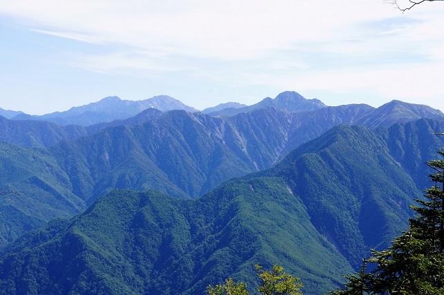 18-6-22奥茶臼山7