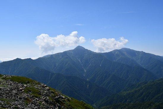 05小仙丈ケ岳から北岳