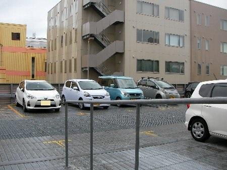 201805311103整形駐車場①-1