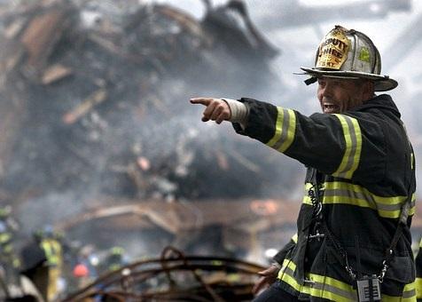 fireman-100722__340.jpg