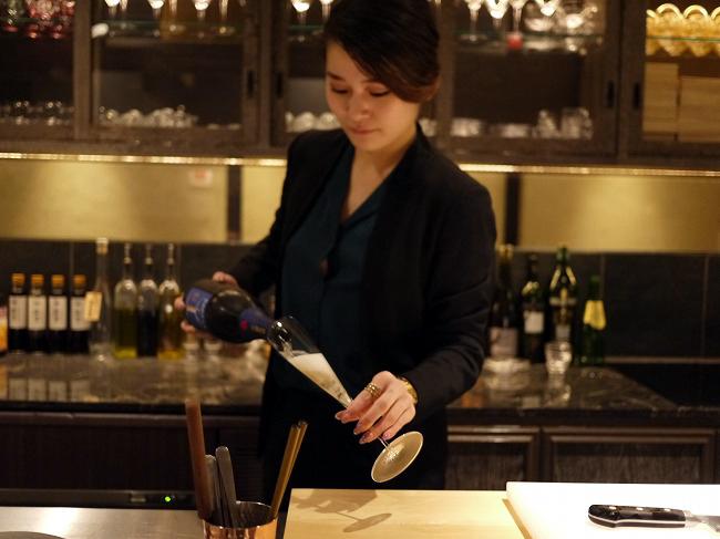 海栗とワイン TSUKIHI