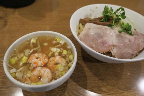 丸忠商店(塩つけ麺)