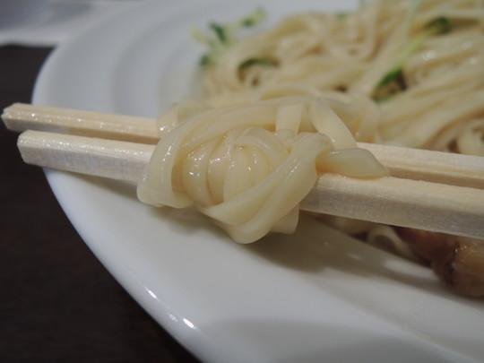 呉冷麺(小)の麺