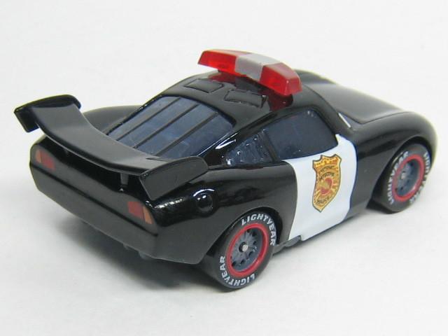 lm-police002.jpg