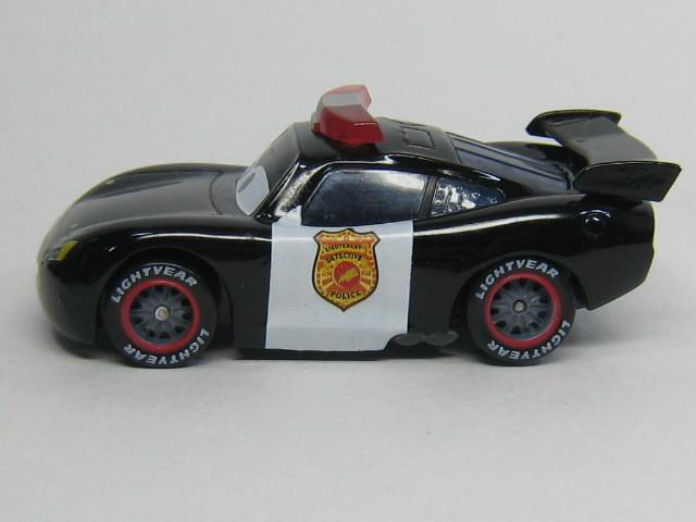 lm-police003.jpg