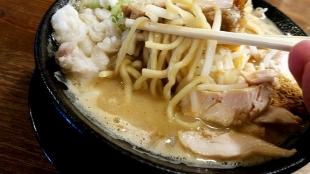 八ちゃんラーメン 味噌そば並 麺