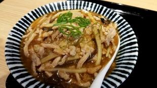 竜胆 肉炒飯