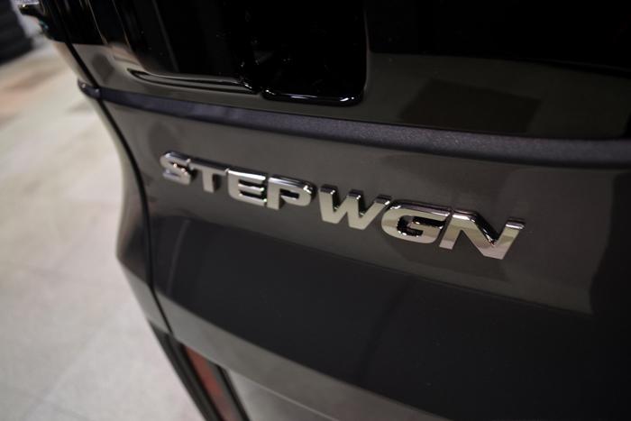 ステップワゴン708