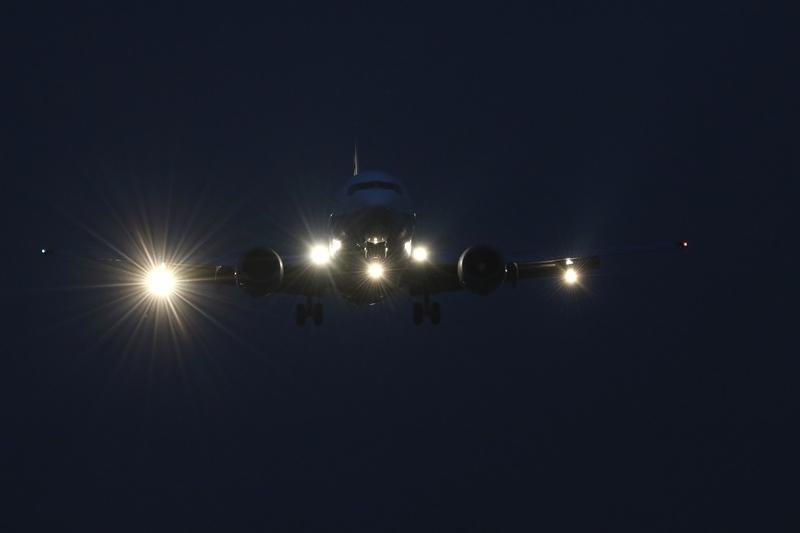 伊丹空港2180607