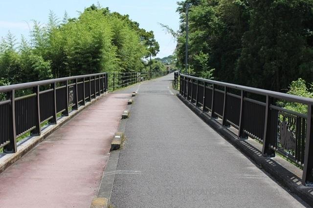 10号線跨線橋