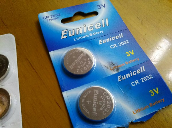 胡散臭いメーカーのCR2032電池は買ってはいけない