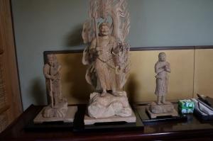 仏像三体2