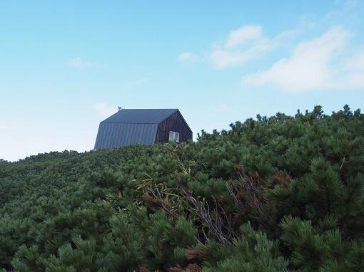 羊蹄山避難小屋