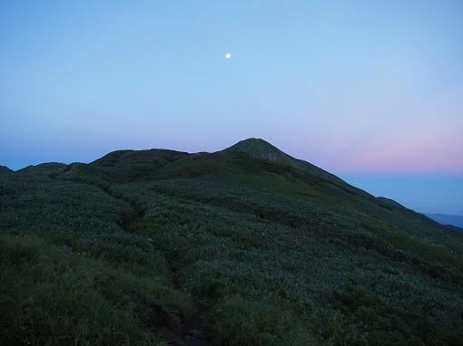 月と大日岳