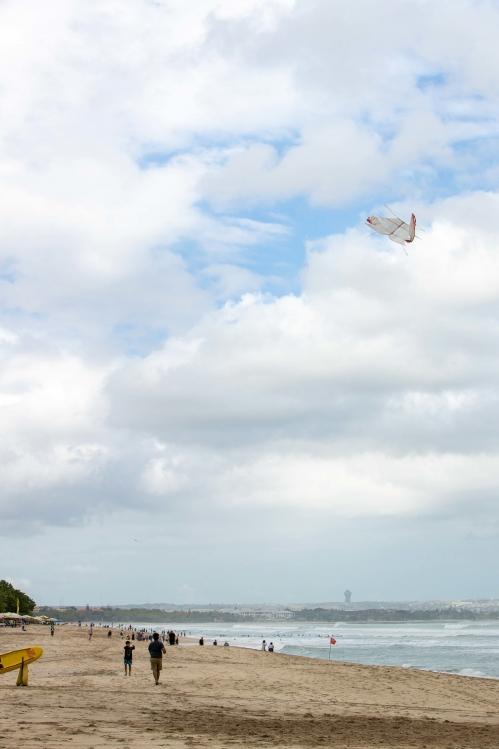 バリ島 凧揚げ-3