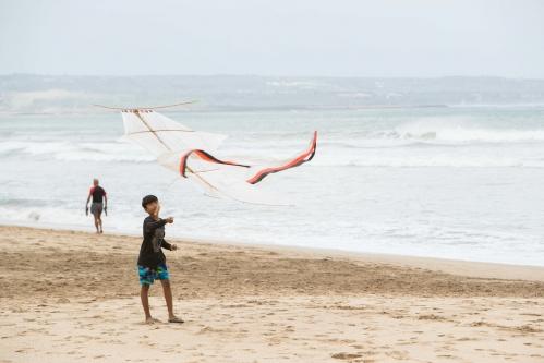 バリ島 凧揚げ-2