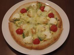 アボカドピザ